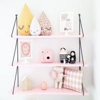 L'étagère que l'on ne présente plus. À retrouver sur notre e-shop en version rose pâle. Tout en douceur, ultra simple à fixer (2 vis suffisent). Avis aux petites et grandes rêveuses.... 💫 👉🏻 𝘄𝘄𝘄.𝘄𝗼𝗹.𝗺𝗮 (lien direct en bio) . . . #onlinestore #onlineconceptstore #wol #design #lifestyle #kids #pink #shelves #roseinapril #homedesign #homedecor #kidsdesign #kidsdecor #interior #homestyle #interiordesign #instadecor #onlineshop #shoppingmaroc